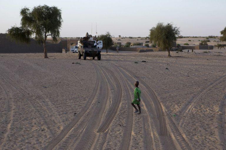 Μάλι: Ενοπλοι απήγαγαν 10 παιδιά και σκότωσαν 2 ακόμη | tovima.gr
