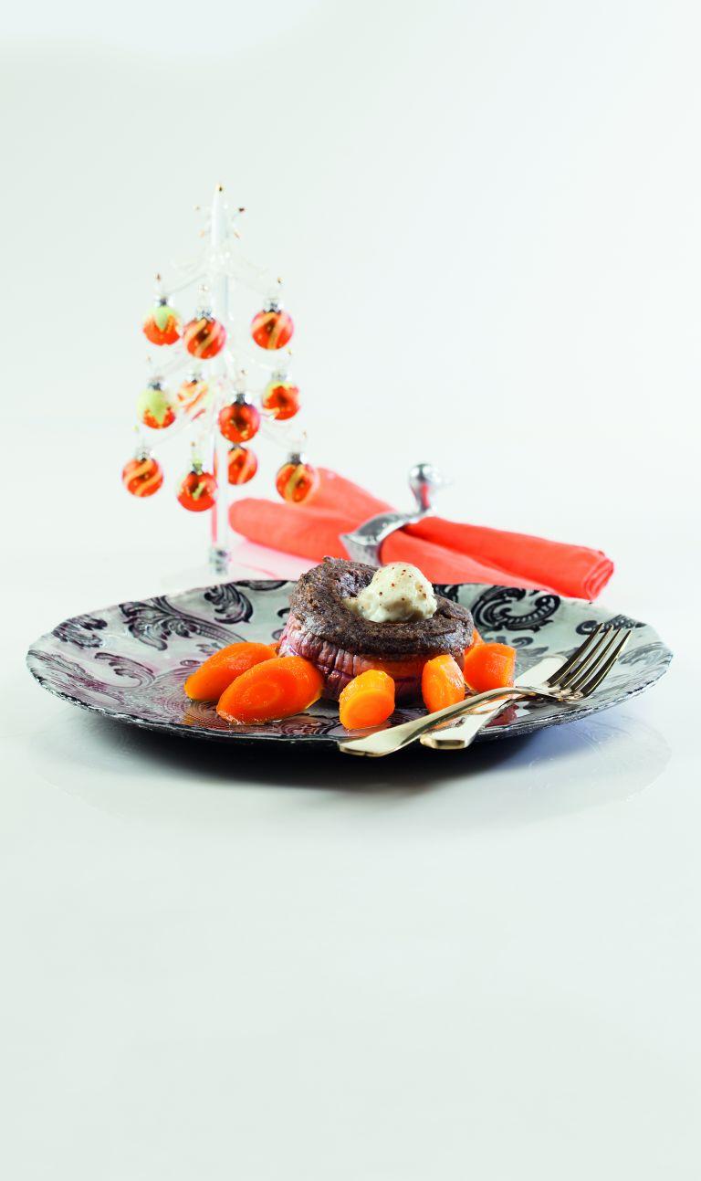 Μοσχαρίσια φιλετάκια με πουρέ από κρεμμύδι και μανιτάρια | tovima.gr