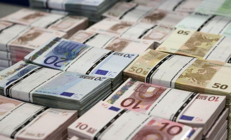 Primary surplus 2.65 billion euros in October 2014 | tovima.gr