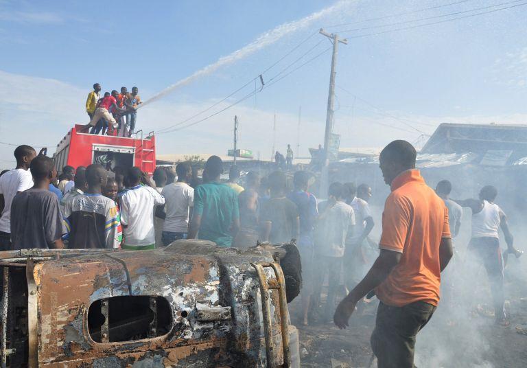 Νιγηρία: Τρεις βομβιστικές επιθέσεις με δεκάδες νεκρούς σε τέμενος | tovima.gr