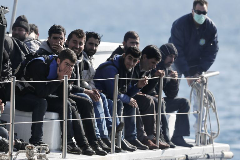 Βρετανία: «Λάθος μήνυμα» εάν δεν επαναπροωθούνται μετανάστες | tovima.gr