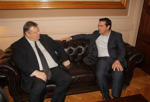 Tsipras reserved over timing of Supreme Cooperation Council with Turkey   tovima.gr
