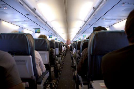 Οδηγίες για την αποφυγή ιών μέσα σε αεροπλάνα | tovima.gr