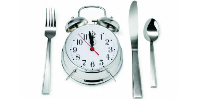 Κόψτε το βραδινό φαγητό και χάστε κιλά χωρίς δίαιτα   tovima.gr