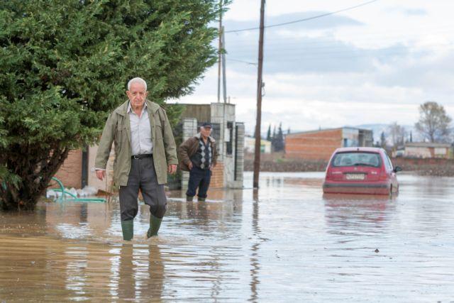 Θεσσαλονίκη: Προβλήματα λόγω της έντονης βροχόπτωσης | tovima.gr