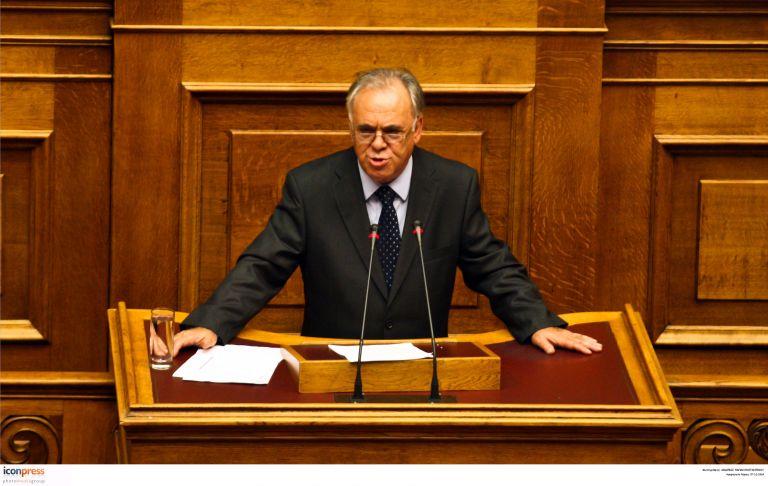 Δραγασάκης: Ο Στουρνάρας μεροληπτεί υπέρ της κυβέρνησης | tovima.gr