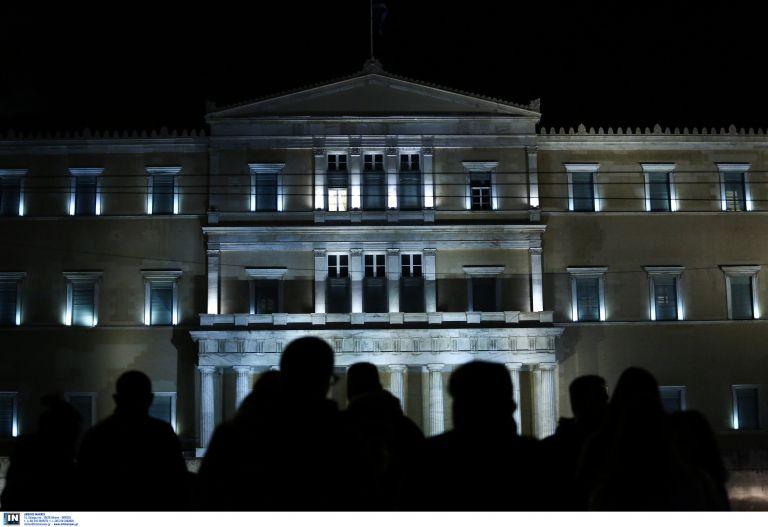 Βουλή: Ομόφωνα δεκτή η τροπολογία Αθανασίου για τον Ν. Ρωμανό – Σταμάτησε την απεργία πείνας μετά 31 ημέρες | tovima.gr