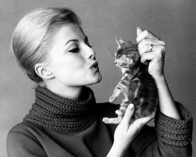 Πέθανε η ιταλίδα ηθοποιός Βίρνα Λίζι   tovima.gr