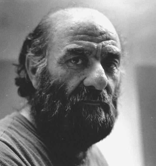 Πέθανε ο εικαστικός και περφόρμερ Γρηγόρης Σεμιτέκολο | tovima.gr