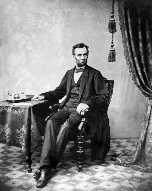 Αβραάμ Λίνκολν: Ο ρεαλιστής πρόεδρος της ελευθερίας και της ισότητας | tovima.gr