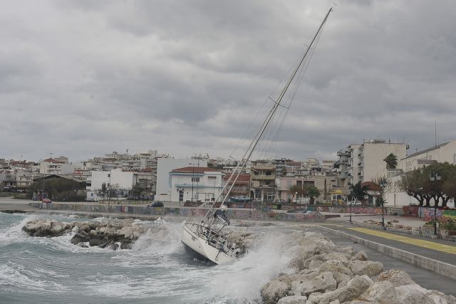 Low temperatures and strong winds to subside in the evening | tovima.gr