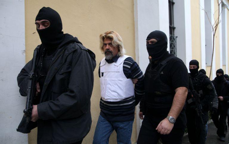 Κύκλωμα εκβιαστών και ένοπλες οργανώσεις: Έξι σημεία της δικογραφίας στο μικροσκόπιο της ΕΛ.ΑΣ. | tovima.gr