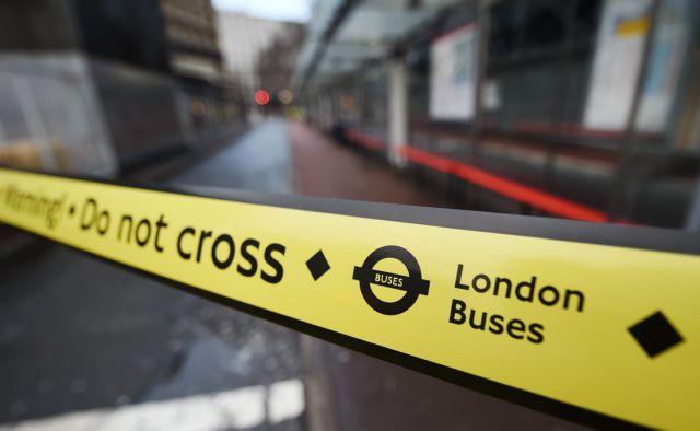 Χάος στους δρόμους του Λονδίνου από την απεργία των οδηγών λεωφορείων | tovima.gr