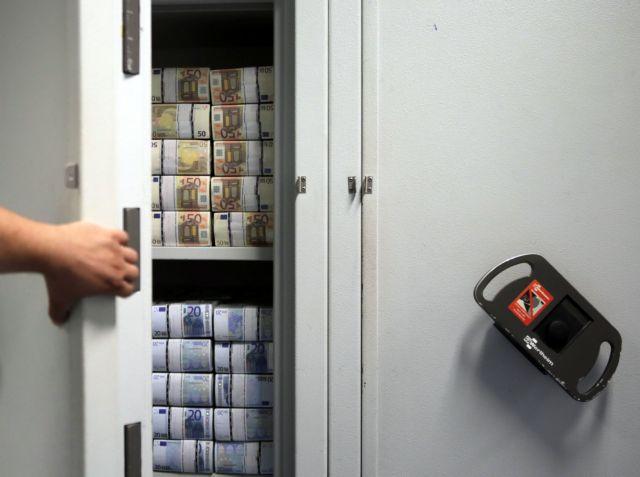 Αποκαλυπτική έκθεση για το χρώμα του χρήματος για τα golden boys | tovima.gr