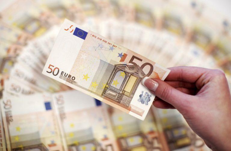 Σταθάκης: Ενίσχυση της ρευστότητας με μικροδάνεια έως €25.000 | tovima.gr