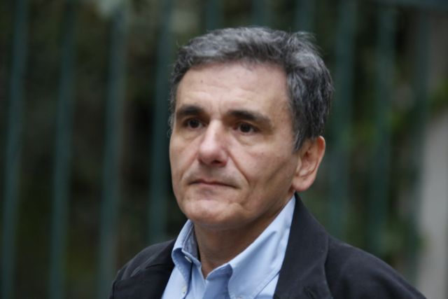 Tsakalotos and Houliarakis to attend Brussels Group talks on Monday | tovima.gr