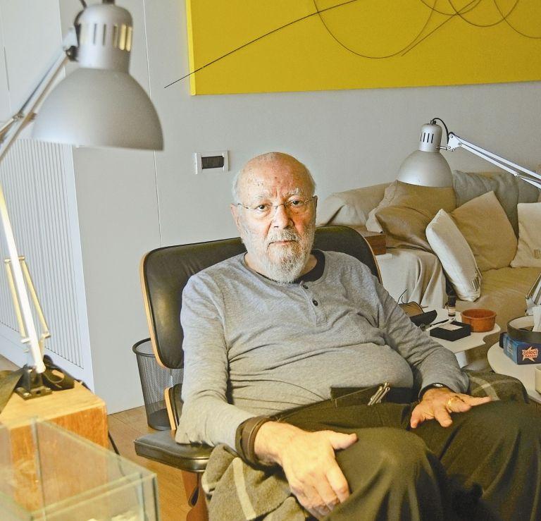 Τάκις Βασιλάκης: Δεν χωνεύω τους αγοραστές   tovima.gr