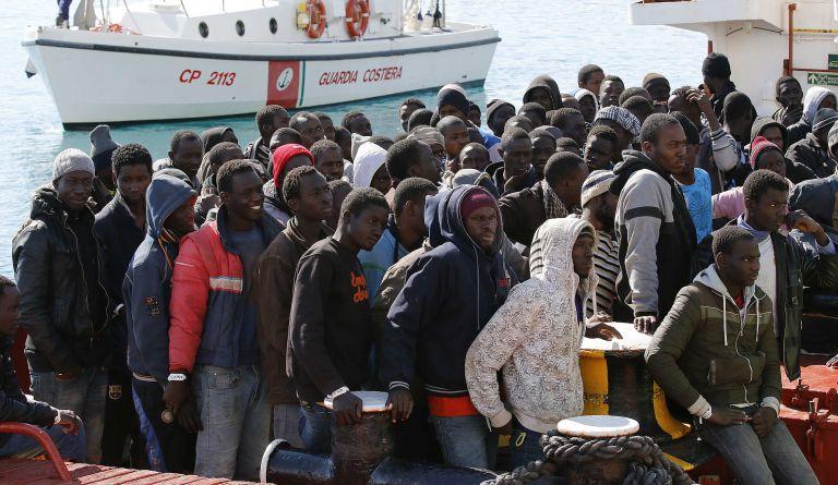 Διάσωση 2.000 μεταναστών στα ανοικτά της Λιβύης σε μία ημέρα   tovima.gr