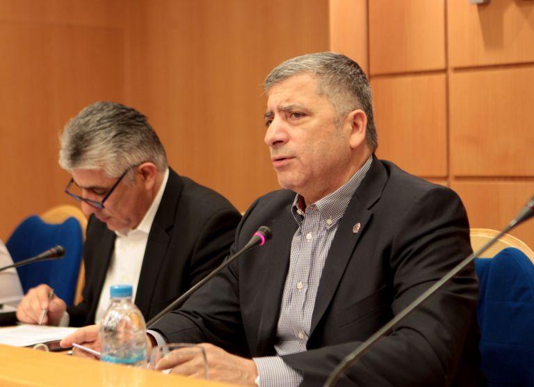 ΚΕΔΕ: Να απαλλαγούν από τα τέλη τα άτομα με 67% αναπηρία | tovima.gr