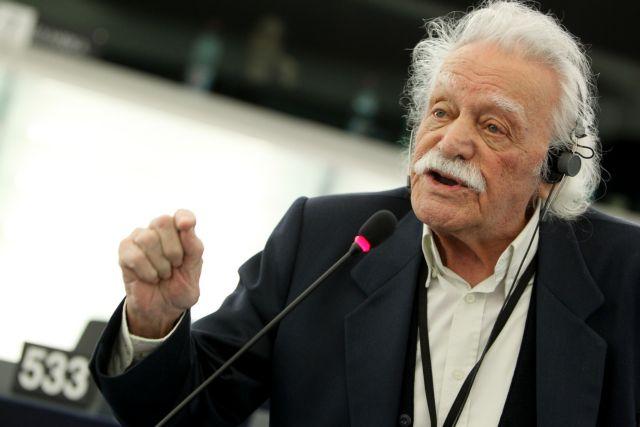 Παραιτήθηκε ο Μανώλης Γλέζος από την ευρωβουλή   tovima.gr