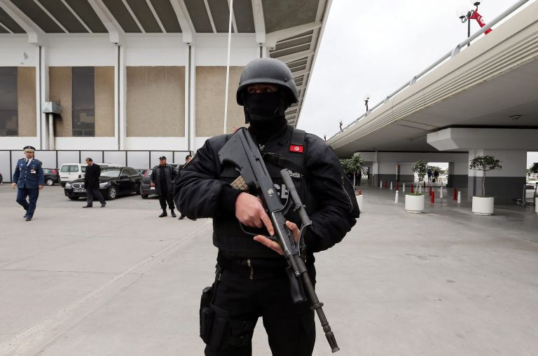 Μιλάνο: Συνελήφθη ύποπτος για την επίθεση στο μουσείο της Τύνιδας | tovima.gr