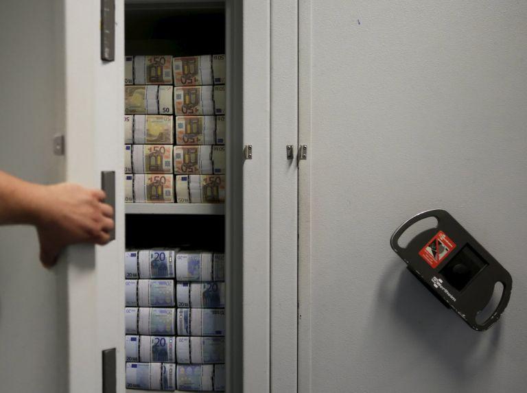 Στο στόχαστρο του ΥΠΟΙΚ φορολογικοί παράδεισοι-τριγωνικές συναλλαγές | tovima.gr