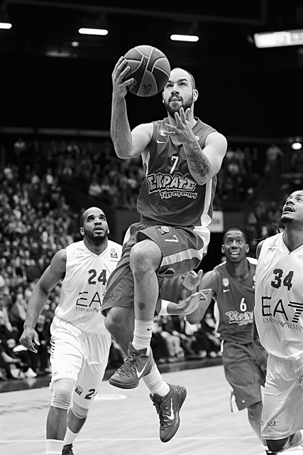 Ο αμετανόητος εραστής του μπάσκετ | tovima.gr