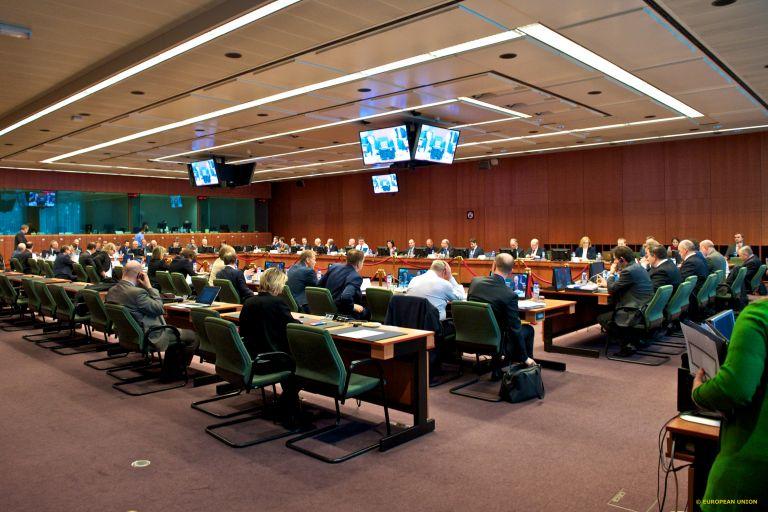 Agreement on budget measures, discord on reform measures | tovima.gr