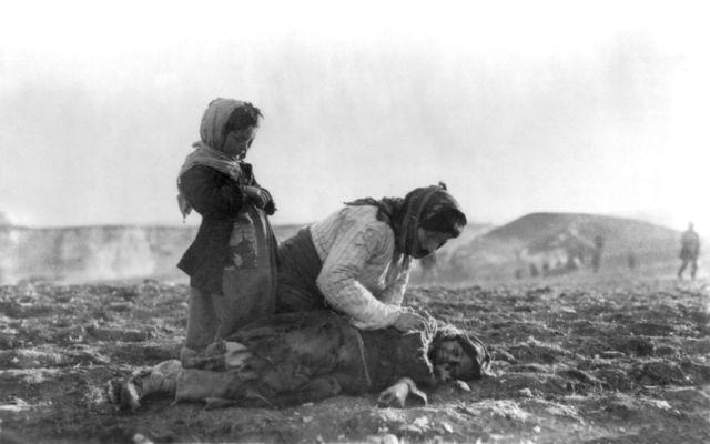Η πρώτη γενοκτονία του 20ού αιώνα στοίχισε τη ζωή σε 1,5 εκ. ανθρώπους   tovima.gr