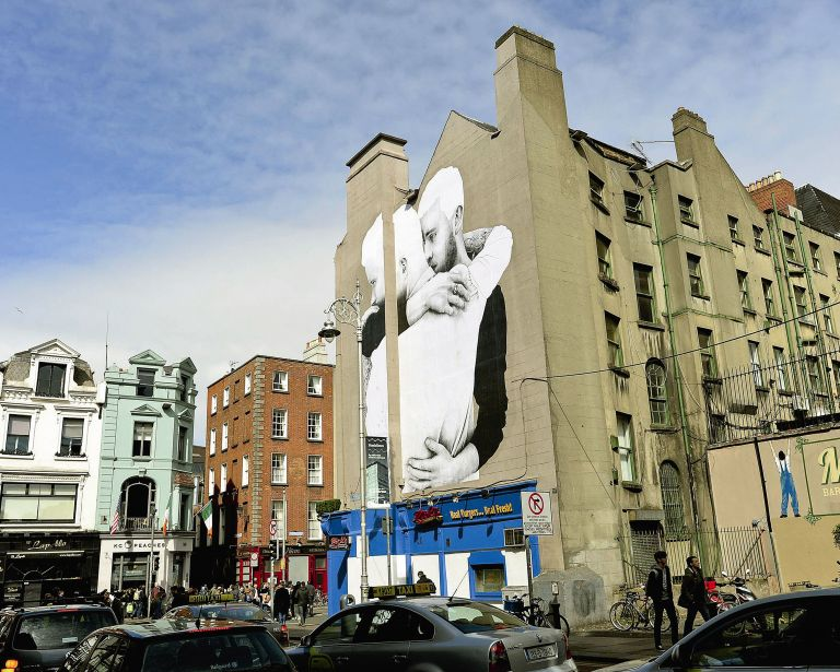Το Δουβλίνο ψηφίζει, η Αθήνα νομοθετεί   tovima.gr