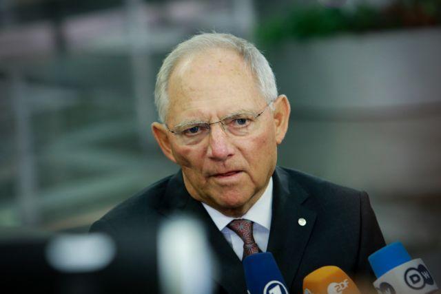 Σόιμπλε: Προτεραιότητα η φύλαξη των εξωτερικών συνόρων της ΕΕ | tovima.gr