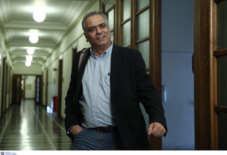 Σήμα από το ILO για τις συμβάσεις περιμένει η κυβέρνηση | tovima.gr