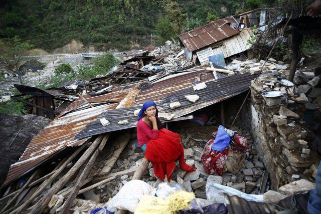 Νεπάλ: Πάνω από 1.000 Ευρωπαίοι αγνοούνται μετά τον σεισμό | tovima.gr