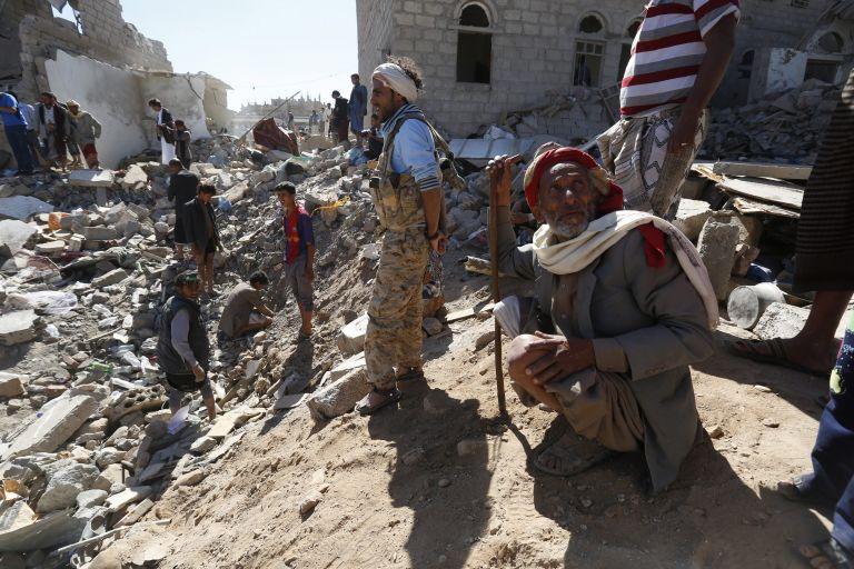 Υεμένη: Η εξόριστη κυβέρνηση ζητεί την επέμβαση διεθνών δυνάμεων   tovima.gr