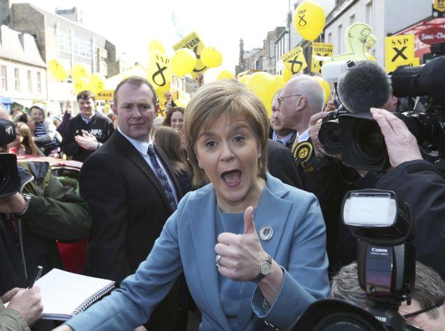 Η πρωθυπουργός της Σκωτίας δεν αποκλείει την παραμονή της Σκωτίας στην ΕΕ   tovima.gr