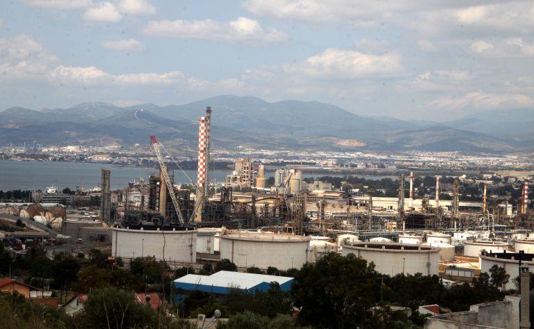 Θαλάσσια ρύπανση από ελαφρά πετρελαιοειδή στον Ασπρόπυργο | tovima.gr