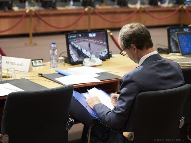 Περικοπές στο Ασφαλιστικό 1% του ΑΕΠ ζήτησαν οι Θεσμοί | tovima.gr