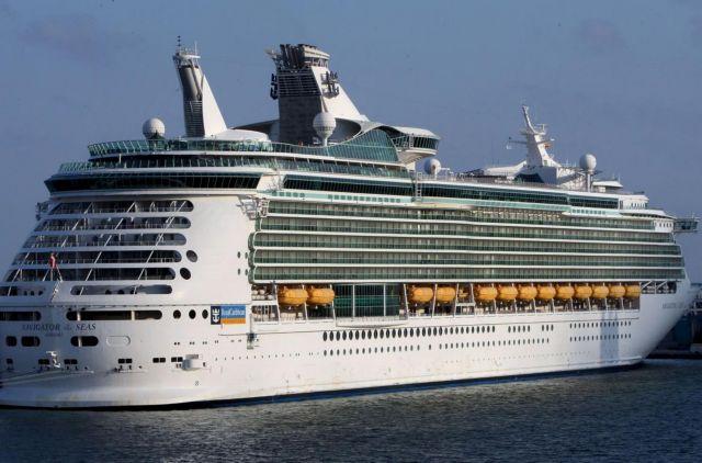 Αντιδράσεις από φορείς του τουρισμού για τις αλλαγές στον ΦΠΑ | tovima.gr