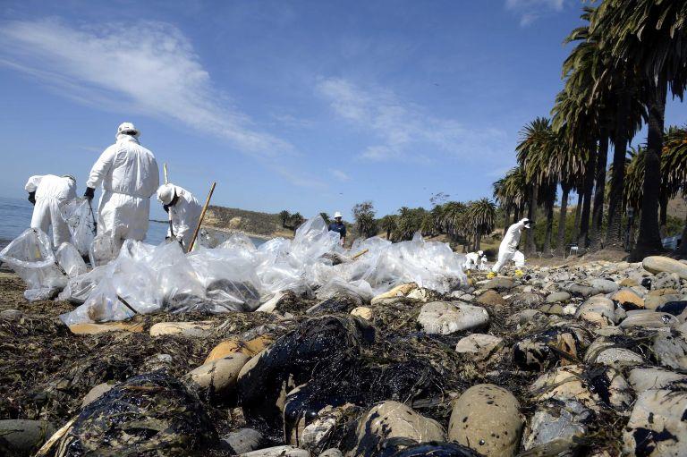 Καλιφόρνια: Σε κατάσταση έκτακτης ανάγκης λόγω πετρελαιοκηλίδων | tovima.gr