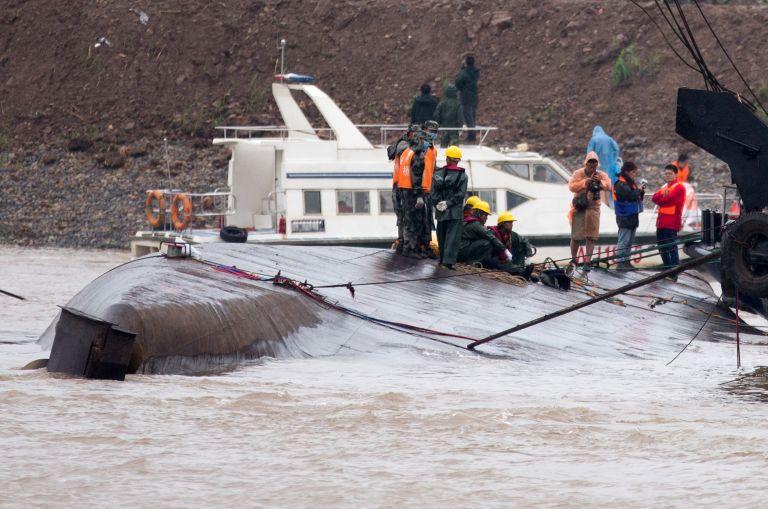 Κίνα: Σβήνουν οι ελπίδες για επιζώντες στο ναυάγιο | tovima.gr
