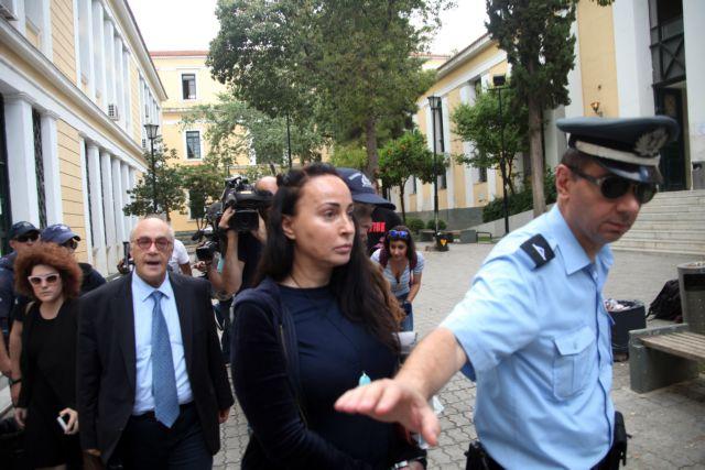 Στον ανακριτή η Βίκυ Σταμάτη για μίζες 700 χιλ. ελβετικών φράγκων | tovima.gr