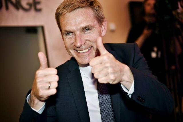 Ποιός είναι ο Δανός ακροδεξιός ηγέτης Κρίστιαν Τούλεσεν Νταλ | tovima.gr