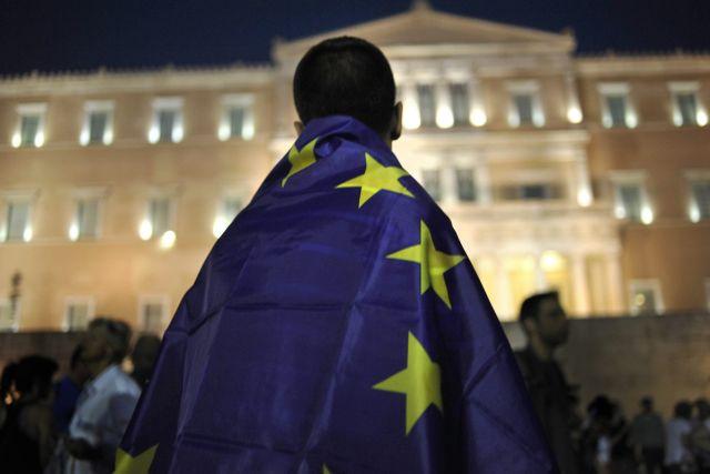 Εννέα ευρωβουλευτές καλούν τους δανειστές να αναλάβουν τις ευθύνες τους ενόψει Eurogroup | tovima.gr