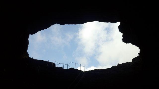 Μια βιβλιοθήκη στη σπηλιά του Δία   tovima.gr