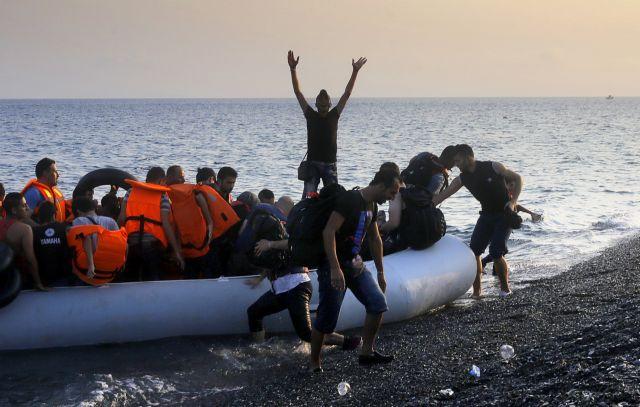 UN: Over 800,000 refugees entered Europe via the Mediterranean | tovima.gr