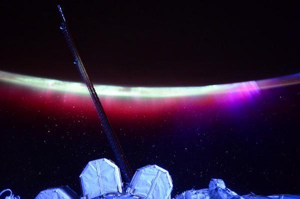 Το Βόρειο Σέλας από τον Διεθνή Διαστημικό Σταθμό | tovima.gr
