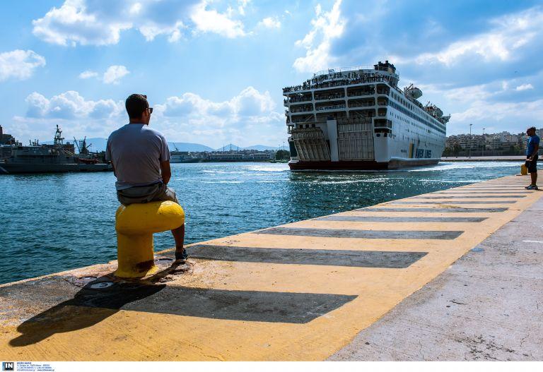Βλάβη σε επιβατηγό πλοίο με προορισμό τις Βόρειες Σποράδες | tovima.gr
