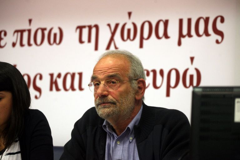 """Alavanos: """"Tsipras knows how to survive, but he is not honest"""" 