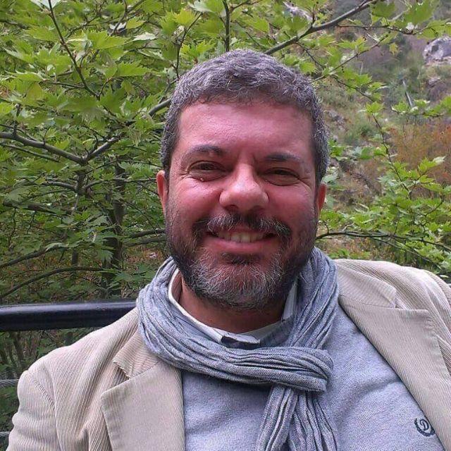 Πέθανε ο ιστορικός Βαγγέλης Κεχριώτης | tovima.gr