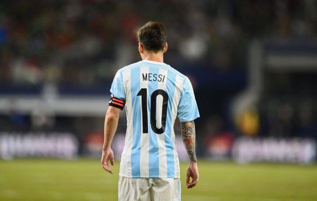 Αλλαξε γνώμη ο Μέσι, δεν αποσύρεται από την εθνική Αργεντινής | tovima.gr